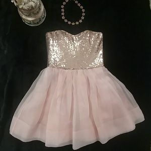 {Betsey Johnson} Blush Pink Sequin & Tuelle Dress